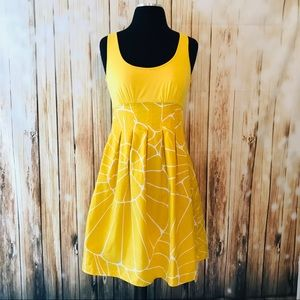 Jessica Simpson fit and flare yellow dress SZ.6